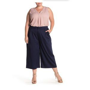 ELOQUII Black Essential Wide Leg Cropped Pant